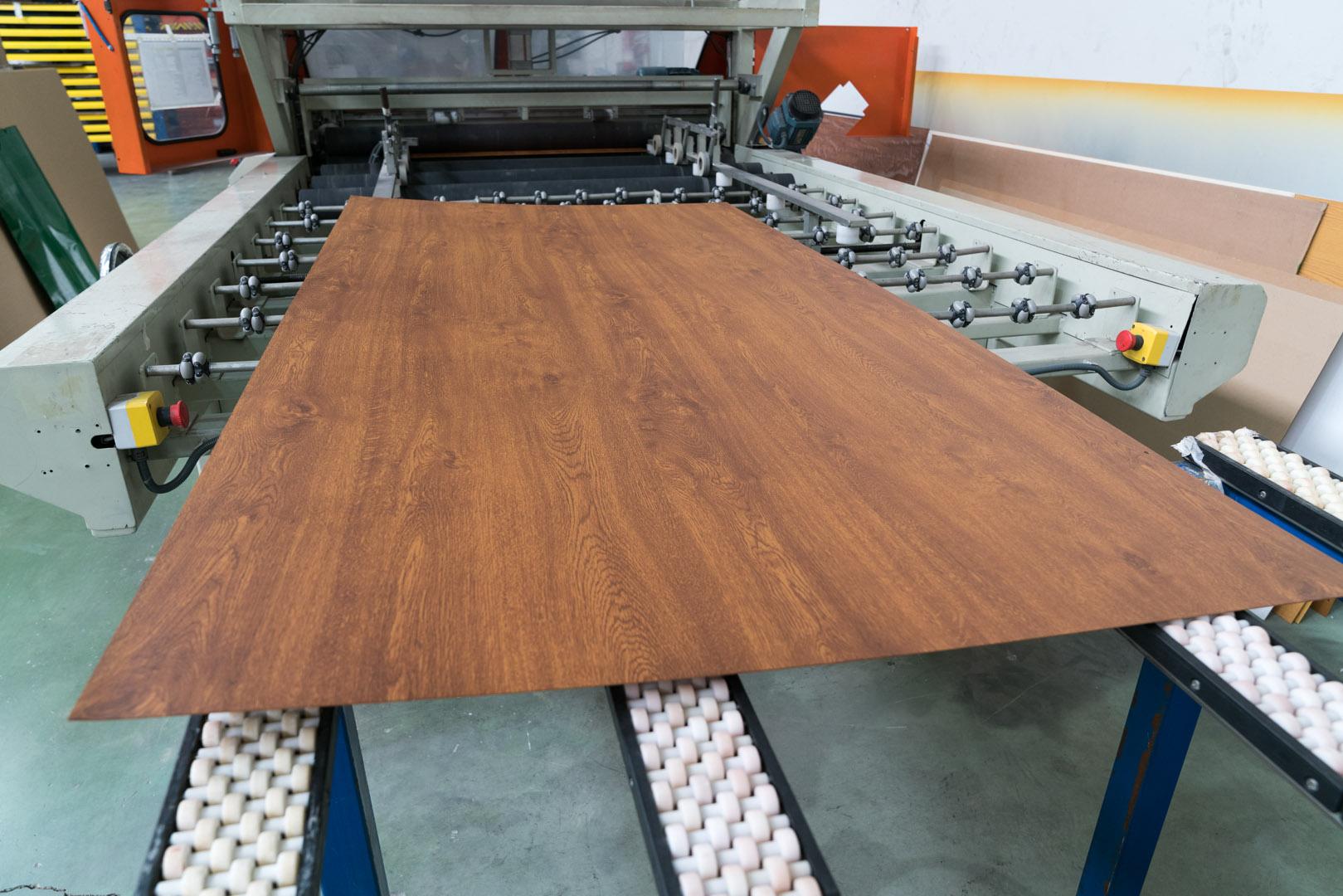 Chapa sublimada acabado madera