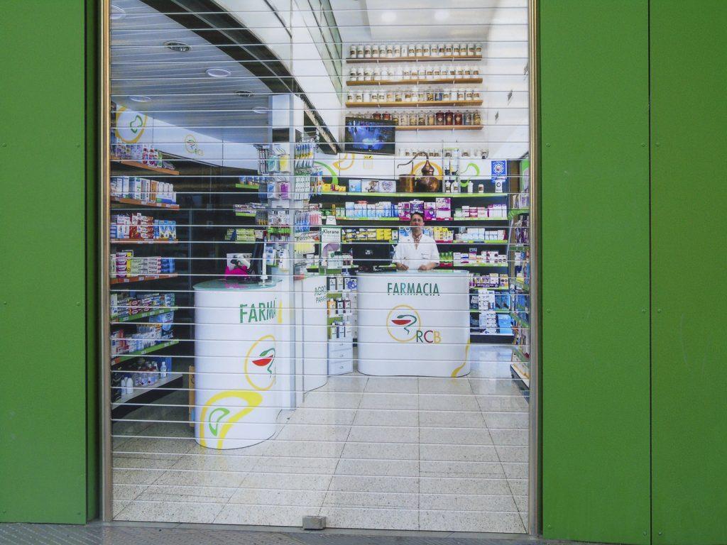 Persiana sublimada para farmacia
