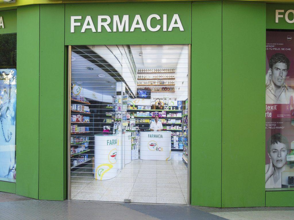 Vista persiana sublimada para farmacia