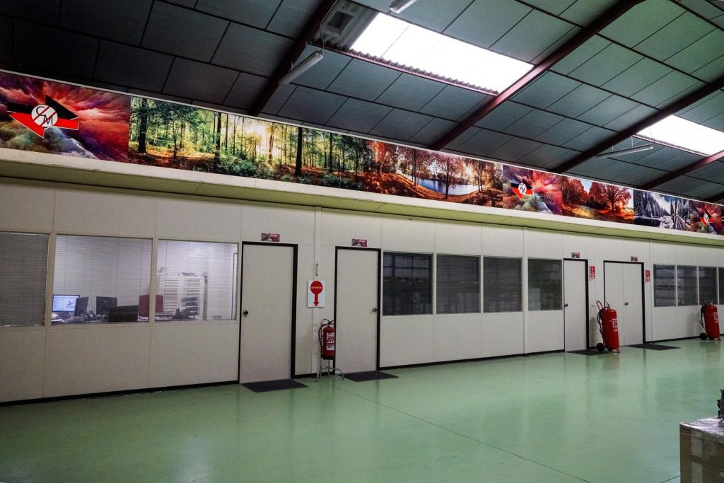 Mural-sublimado-de-18-mts-para-Comercial-Marpin